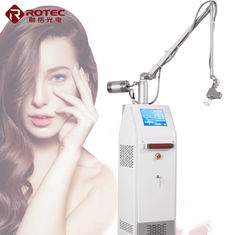 China 30 W CO2 Laser Beauty Equipment Privacy Whitening Skin Tightening Machine OEM & ODM Service factory